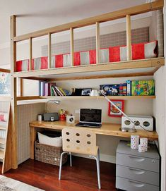 Country kitchen decor loft bed with desk valentines day ideas small 947 best ideias para a Bunk Bed With Desk, Bunk Beds With Stairs, Loft Bed Desk, Kids Bedroom, Bedroom Decor, Bedroom Ideas, Bunk Bed Plans, Loft Spaces, Kid Beds