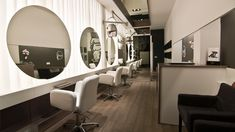 Reinventando la peluquería: decoración de interiores, desayunos y ...