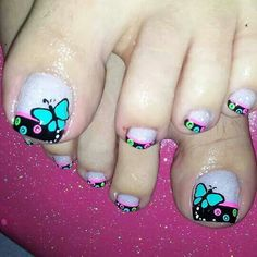 Uñas Cute Pedicure Designs, Pretty Nail Designs, Toe Nail Designs, Pedicure Nail Art, Toe Nail Art, Pretty Toe Nails, Feet Nails, Toenails, French Tip Nails