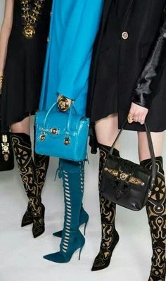 OMG would you look at those Versace teal suede boots.died and gone to boot heaven :) Heeled Boots, Bootie Boots, Ankle Boots, Ugg Boots, Fall Boots, Versace 2015, Versace Blue, Versace Fashion, Atelier Versace