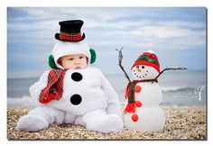 So stinkin' cute! Christmas Portraits, Christmas Photos, Vintage Christmas, Christmas Holidays, Christmas Ornaments, Christmas Ideas, Xmas, Cute Baby Pictures, Baby Photos
