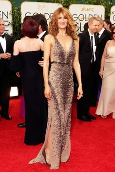 How gorgeous does Laura Dern look at the Golden Globes?! Sexy+Classy=Red Carpet Perfection