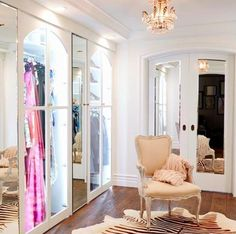 Go inside Lauren Conrad's incredibly envious Beverly Hills home: