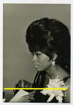 0e7308c11eb0 Unknown Photo 1964 Diana Ross with Teh Supremes Gold records Baby Love