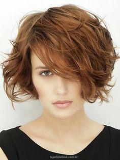 Cortes cortos para pelo con mucho volumen