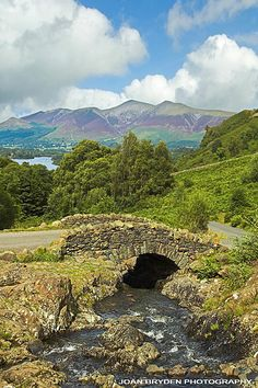 Ashness Bridge, Keswick Old Bridges, England And Scotland, Peak District, English Countryside, Cumbria, Watercolours, Nature Photos, Cornwall, Cool Places To Visit