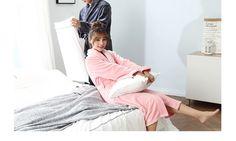 Peignoir couple glamourous gris et rose  Peignoir de bain pour couple en polyester 300 mg/m²  #mode #couple