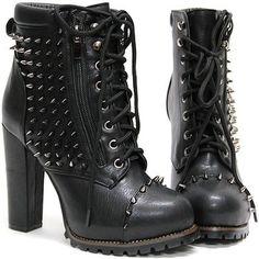 Amazing studdes shoes....(Pynk Krush)