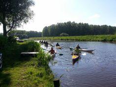 Gasten, op doorreis per kano, meren aan en verblijven 1 nacht op camping Wedderbergen | sportief.