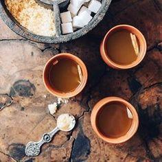 Ginger-lemon tea - the best thing to avoid the AMS symptoms. •  Имбирно-лимонный чай – лучшее средство от высотной болезни.  #чай #имбирныйчай #tea #ginger #gingertea #gingerlemon #gingerlemontea #ams #medicine #india #mountain #leh #manali #travelindia # The Best, Food And Drink