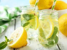 9 motive pentru care sa incepi dimineata cu un pahar de apa calduta cu lamaie – Natura Vindecătoare