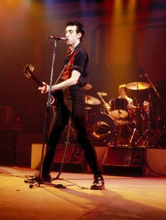 tommy gun / the clash