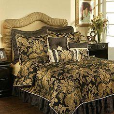 Austin Horn Clics Verona Duvet Cover In Black Gold From Bed Bath Beyond