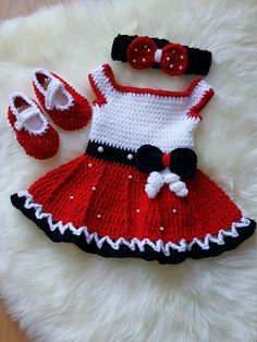 Crochet mini mouse dress set includes dress ,headband and booties. Crochet Baby Dress Free Pattern, Crochet Bear Patterns, Crochet Baby Cocoon, Crochet Baby Boots, Baby Dress Patterns, Crochet Toddler, Crochet Girls, Crochet Baby Clothes, Newborn Crochet
