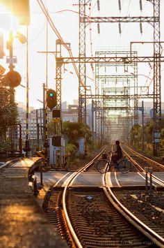 down the tracks at the end of a lovely day: Kawasaki Daishi Station, Kanagawa, Japan Aesthetic Japan, Japanese Aesthetic, City Aesthetic, Urban Photography, Street Photography, Landscape Photography, Japan Street, Scenery Wallpaper, Anime Scenery