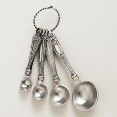 world market vintage measuring spoons