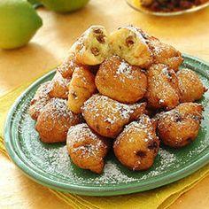 Fritole all'uvetta   Deliziose e morbide le fritole all'uvetta sono un dolce tipico di Carnevale