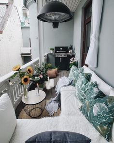 60 comfortable balcony decorating ideas in apartments especially your beautiful house 2019 page 18 Apartment Balcony Decorating, Apartment Balconies, Cool Apartments, Apartment Interior, Apartment Hacks, Small Balcony Design, Small Balcony Decor, Condo Balcony, Balcony Ideas