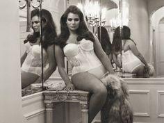 A modelo plus size Candice Huffine em ensaio na Vogue Itália  Foto: Reprodução