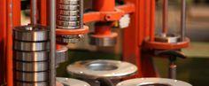 Ohne das richtige Handwerkszeug keine hochwertige Arbeit, keine Qualität, kein Maßstab.  #Leiterropeways #Seilbahntechnik #Ferigung #Production