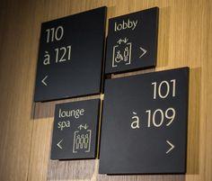 """Signage Hotel """"Le Cinq Codet"""" Paris"""