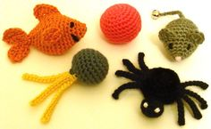 5 Quick Cat Toys  PDF Crochet Pattern  by CrochetSpotPatterns, $4.95     soooo cute!!