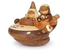 Love this spaceship made by Nakagawa Takeshi. All natural handmade toy!!