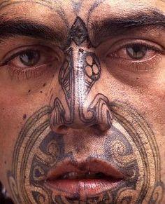 Maori Tribal Tattoo Designs Tips: Face Maori Tribal Tattoo Designs For Men… Tribal Tattoo Designs, Maori Tribal Tattoo, Ta Moko Tattoo, Hawaiianisches Tattoo, Maori Art, Tattoo Designs And Meanings, Maori Tattoos, Samoan Tattoo, Maori Designs