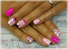 #nails #nailart #acrylicnails #handpaintingdesign #beautymakesyouhappy