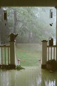 #YankeeCandle  #MyRelaxingRituals I love to be sitting on this porch watching the rain fall