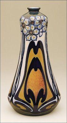 Vases aux Œillets. Céramique, 1899 - Galileo Chini,