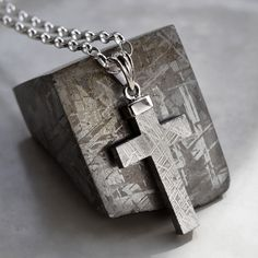 Meteorite and Silver Cross Necklace by Martha Jackson. Silver and Meteorite for Men - but I would wear it! 14k Gold Chain, Gold Chains, Diamond Solitaire Necklace, Diamond Necklaces, Gold Necklaces, Cultured Pearl Necklace, Silver Man, Sterling Silver Jewelry, Hammered Silver