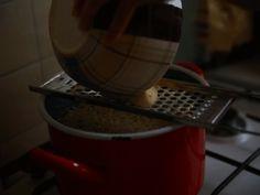 Döbbenetes diétás étel készült: A karfiolnokedli mindent lepipál! Chia Puding, Recipes From Heaven, Gnocchi, Minion, Nespresso, Coffee Maker, Cooking Recipes, Kitchen Appliances, Tableware