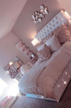 Lovely Pink Bedroom Design Ideas That Inspire You The pink bedroom looks amazing that most of us use the color for the nursery room, girl's room, and others. Read Lovely Pink Bedroom Design Ideas That Inspire You Pink Bedroom Design, Teen Bedroom Designs, Cute Bedroom Ideas, Room Ideas Bedroom, Nursery Room, Bed Room, Bedroom Inspiration, Bedroom Kids, Bedroom Colors