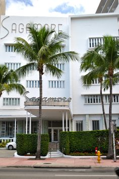 Art-itecture: The World Of Miami Art Deco | Free People Blog #freepeople