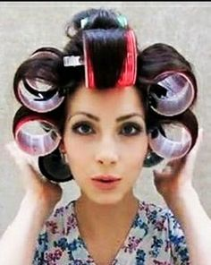 Big Hair Rollers, Roller Set, Curlers, Up Hairstyles, Snow White, Hair Beauty, Disney Princess, Rollers In Hair, Hairdos