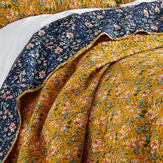 Eclectic Quilts, Eclectic Bedding, King Quilt Sets, Queen Quilt, French Country Bedding, Hippy Room, Gold Bed, King Pillows, Twin Quilt