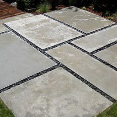 Large Concrete Pavers Design Ideas, Pictures, Remodel, and Decor Backyard ideas Small Paver Patio Ideas Pictures with Fire Pit & Tips Building Large Backyard Landscaping, Pergola Patio, Modern Landscaping, Backyard Patio, Backyard Ideas, Pergola Kits, Front Patio Ideas, Modern Patio Design, Sloped Backyard
