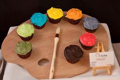 Artist Paint Palette Cupcake Assortment...love these! Wouldn't be a bad alternative to a wedding cake too.... :)