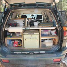 Informationen zu unserem treuen Reisefahrzeug / Information about our travel vehicle Unser Reisemobil ist ein 2003er Mitsubishi Montero Sport LS mit 3,0 Liter V6 Benzinmotor und 177 PS. Der Wagen h…