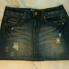 Nwot Maurices distressed denim skirt Throw on with a tee shirt or a bikini top and flip flops for a trip to the beach or a pool party. This is a must have for the ultimate summer get up. Maurices Skirts Mini
