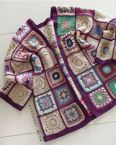 New crochet granny square cardigan ravelry 56 Ideas Crochet Waistcoat, Gilet Crochet, Crochet Coat, Crochet Jacket, Crochet Purses, Crochet Cardigan, Crochet Baby Sweaters, Crochet Baby Boots, Crochet Clothes