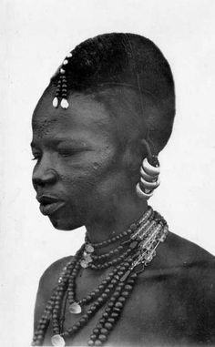 Africa | Portrait of a Toucouleur (Fula) woman. French Sudan (now Mali) || Scanned photographic postcard; Coll. Lattes & Cie (Burkina Faso)