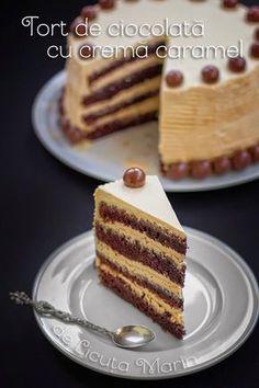 Din bucătăria mea: Tort de ciocolata cu crema caramel Sweets Recipes, Cookie Recipes, Peach Yogurt Cake, Romanian Desserts, Brownie Cake, Pastry Cake, Fun Cooking, Something Sweet, Ice Cream Recipes