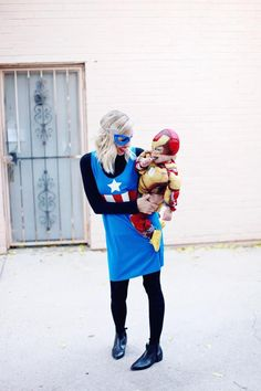 DIY Captain America Costume for women. You'll love these modest Halloween costumes for women, modest Halloween costumes for teens, and easy modest Halloween costumes that you can wear for work and for school. Fall Outfits For Work, Fall Fashion Outfits, Outfits For Teens, Modest Fashion, Modest Halloween Costumes, Easy Halloween, Batman Party, Superhero Party, Captain America Costume