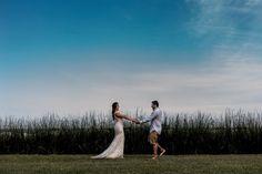 Fotografia de Casamento - Elopement Wedding - Ailine & Jobson - Riviera de São Lourenço Couple Photos, Couples, Wedding On The Beach, Wedding Shot, Places, Couple, Events, Couple Pics, Couple Photography