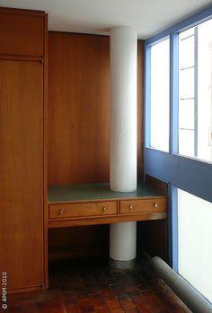 100420-54 LA PLATA - Casa Curuchet (arq. Le Corbusier) - Interior: dormitorio