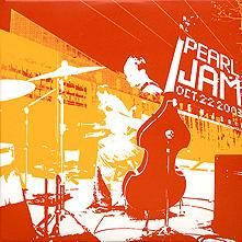 """Did you know Pearl Jam has an acoustic live double album? """"Live at Benaroya Hall"""" is a fantastic acoustic concert from 2003 that Pearl Jam… Radiohead, Album Songs, Music Albums, David Bowie, Pearl Jam Albums, Pearl Jam Posters, Grateful Dead Music, Album Cover Design, Eddie Vedder"""