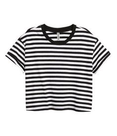 Black/white striped. Short jersey T-shirt with a chest pocket and sewn cuffs on…