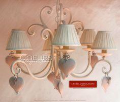 Lampadario Cuori. Versione a 6 luci. Ferro battuto, forgiato e imbutito, interamente decorato a mano. Design: Gianni Cresci & Renee Danzer